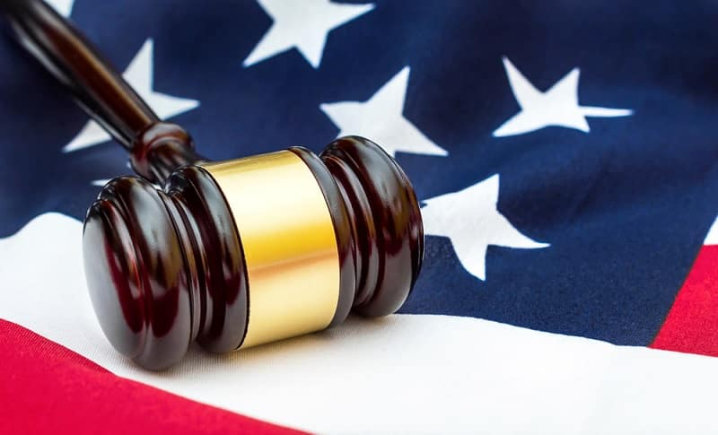 What Are the Differences Between Federal and State Criminal Charges
