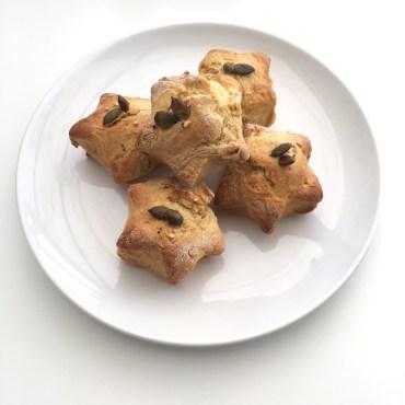 Vegan Cheese scones