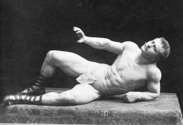 Photo Six (Eugen Sandow) by By G.dallorto - File:Falk, Benjamin J. (1853-1925) - Eugen Sandow (1867-1925)- 1894 .jpg, Public Domain, https://commons.wikimedia.org/w/index.php?curid=23255977