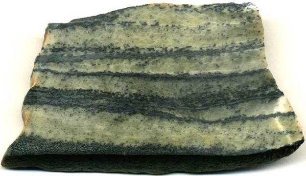 Photo Four from http://jsjgeology.net/Banded-iron-formations_files/image016.jpg