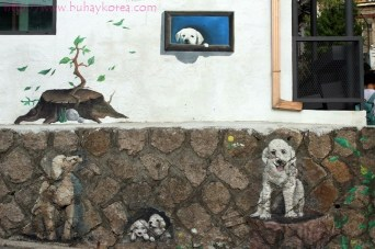 Doggies waiting for their owners