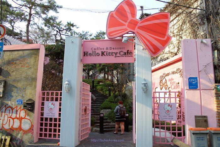 Hello Kitty Cafe ~ Hongdae