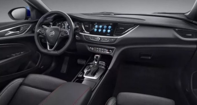 2020 Buick Regal Interior