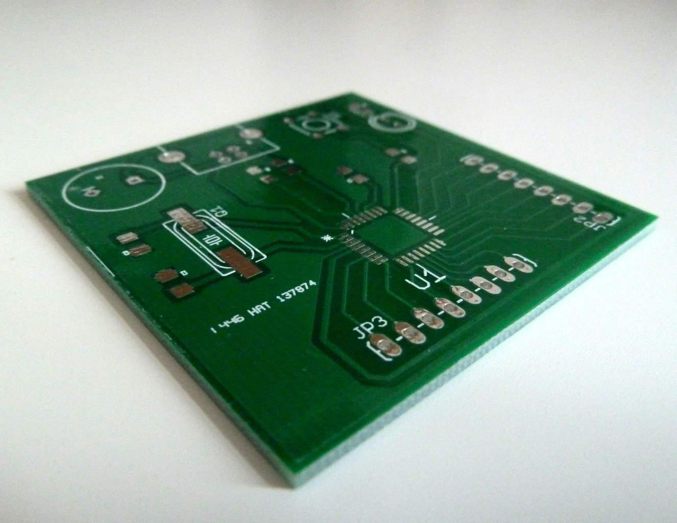 Microcontroller Tutorial 5/5: Soldering And Programming