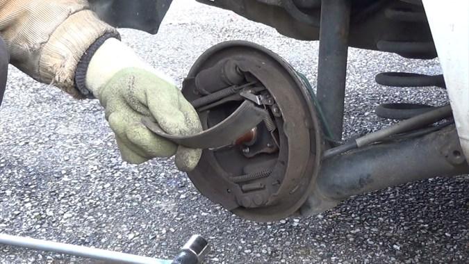 Le tambour est sorti facilement car une garniture de segment était décollée