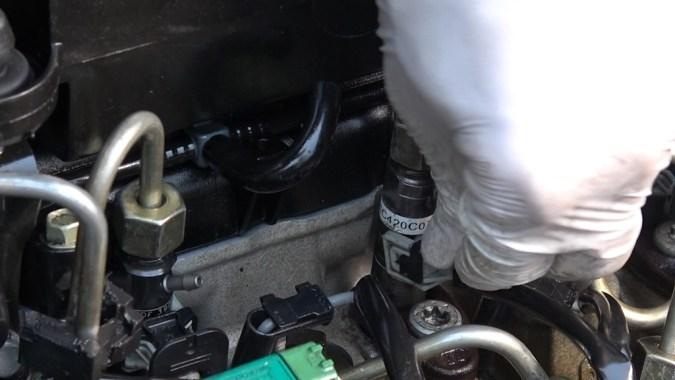 Rebranchez les connecteurs électriques