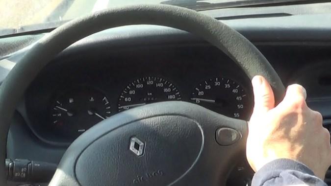 Rouler à vitesse réduite en sous régime (3ième vitesse, 1500 tours/min)