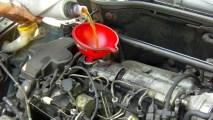 Vidanger l'huile moteur et changer le filtre à huile