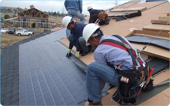 hire a roofing contractor