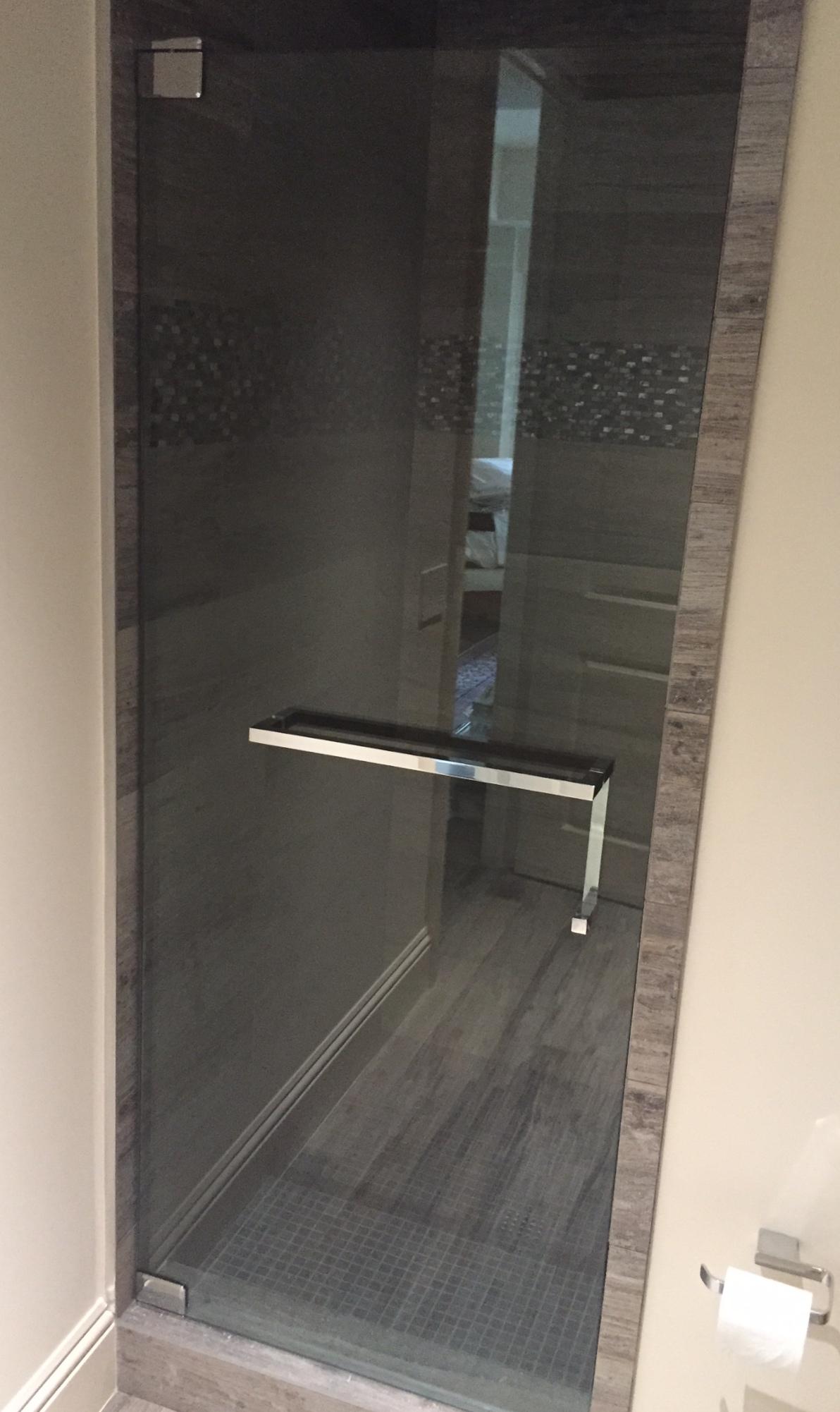 Bathroom Showers And Towel Rack Options