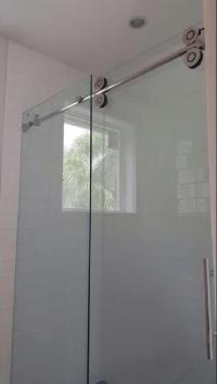 Barn Style Glass Shower Doors - Builders Glass of Bonita, Inc.