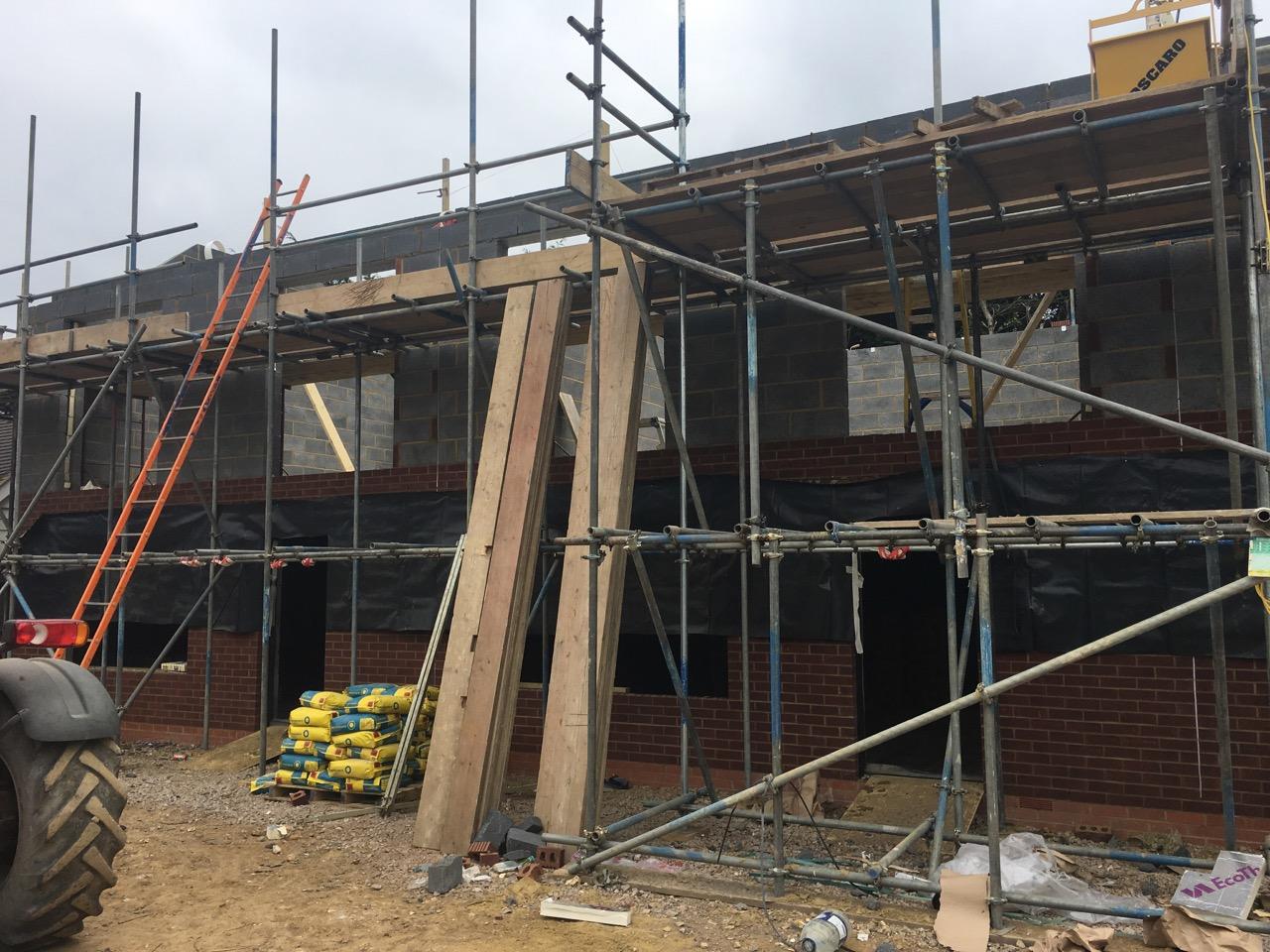 Scaffolding for roof blockwork