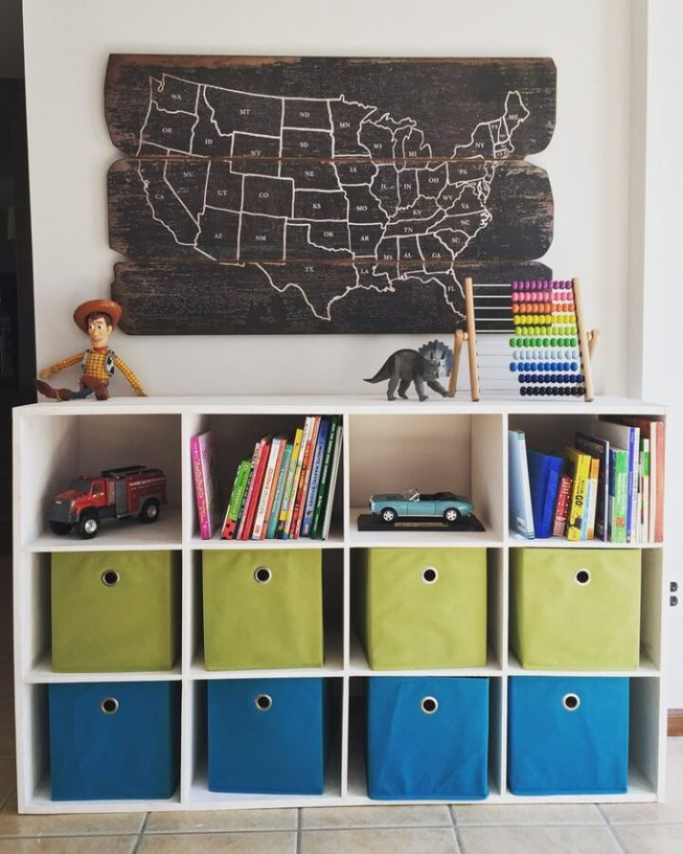 Toy storage unit to organize in bins
