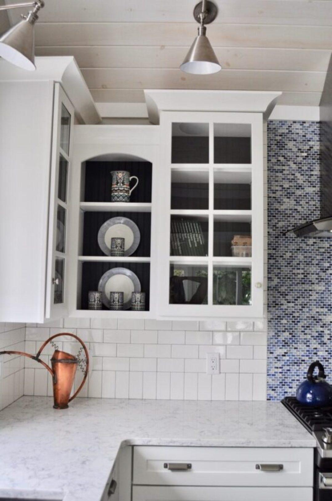 Kitchen design with cottage charm