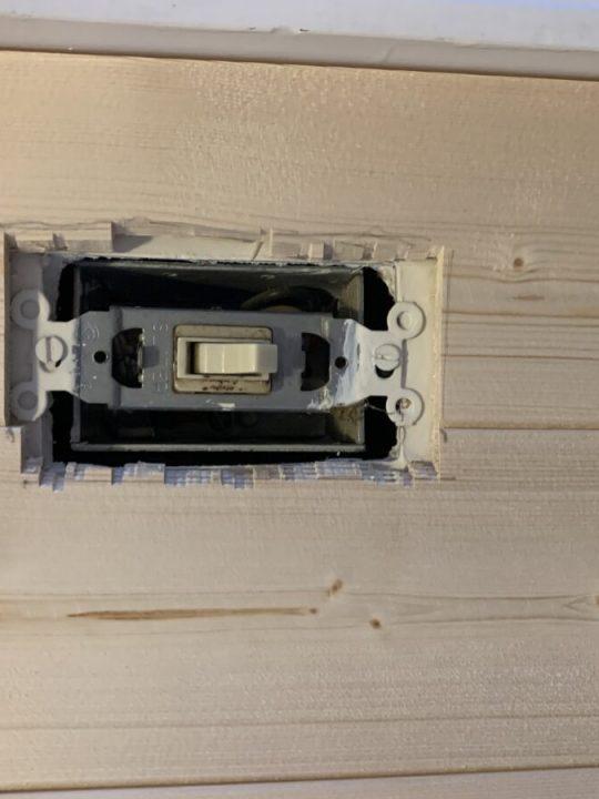 How to install vertical shiplap to achieve instant interest and character | Building Bluebird #beginnerdiy #cottagecore #grandmillenial #shiplap #beadboard #sveltesage #mudroommakeover #budgetfriendly