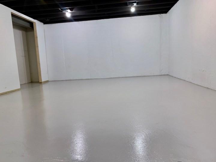 Update your basement concrete floors using Rust-Oleum's Epoxyshielf Garage Floor Coating | Building Bluebird  #rustoleum #epoxyshield #basementmakeover #paintedfloors #unfinishedbasement