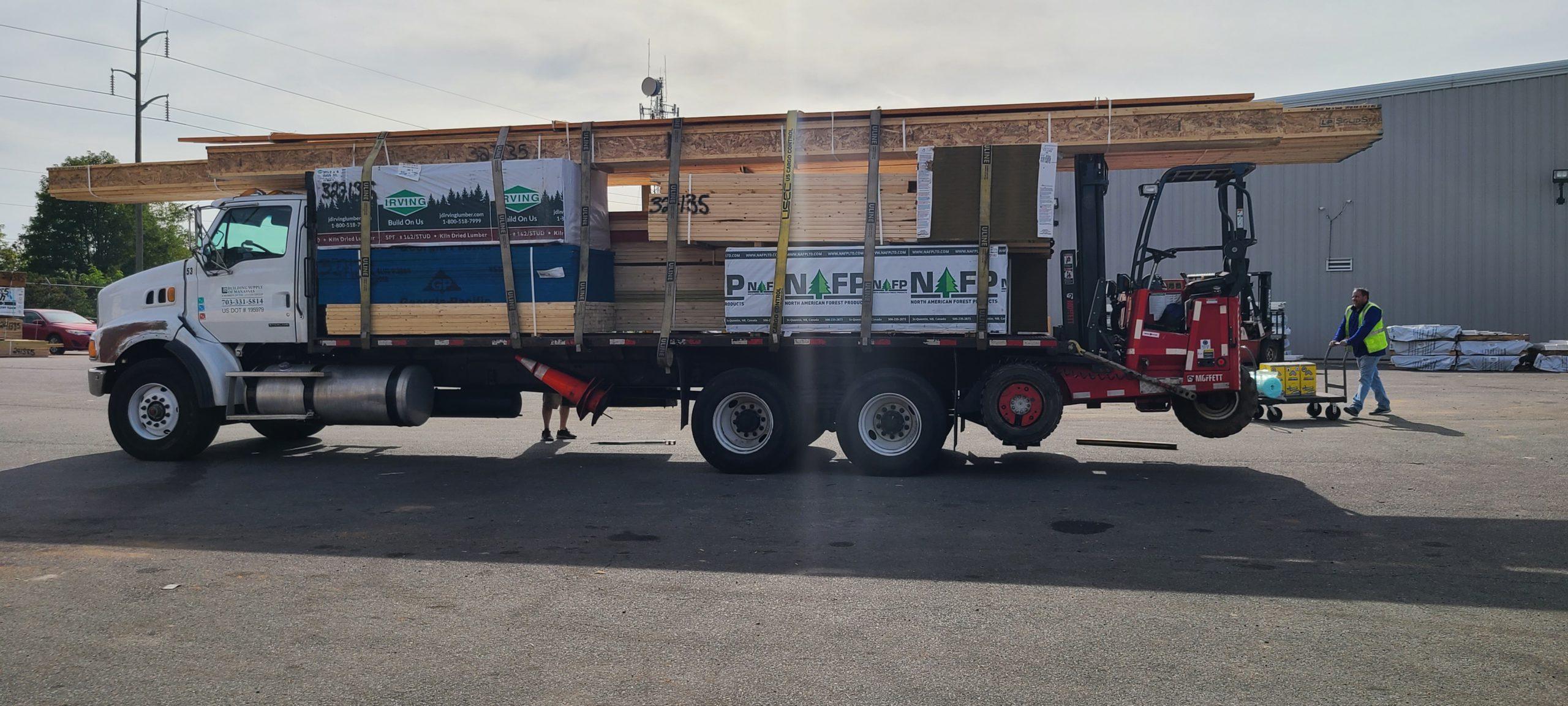 Lumber & Engineered Wood Truck Image