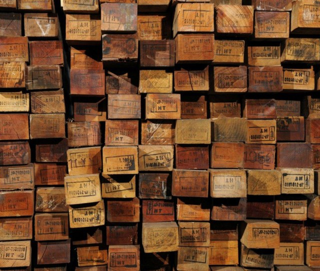 Understanding Reclaimed Wood How The Salvaging Process Works Credit Viridian Reclaimed Wood