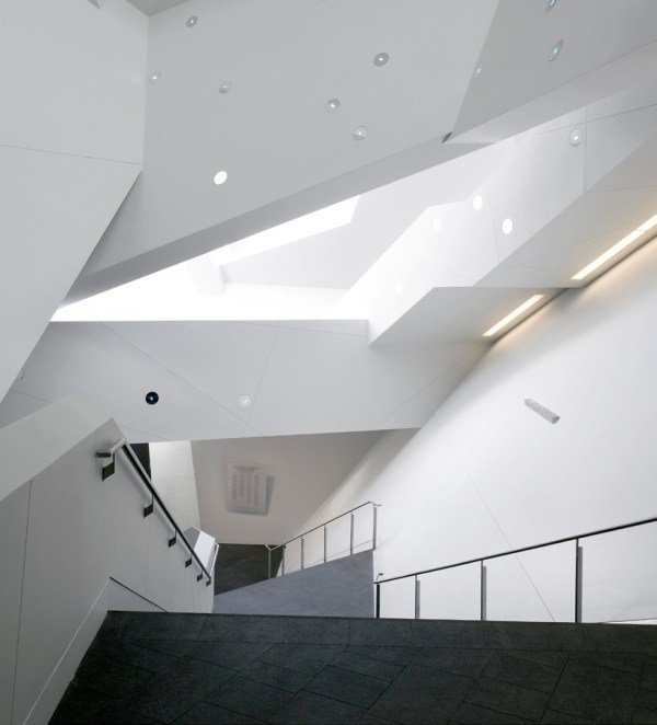 Libeskind Extension Denver Art Museum - Buildipedia