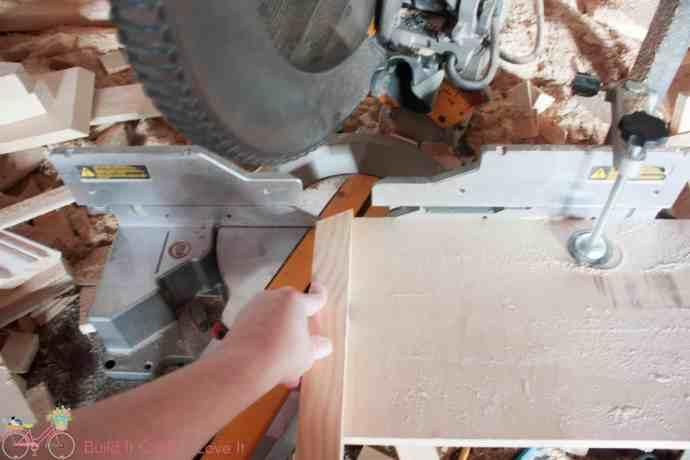 DIY Round Concrete Dining Table