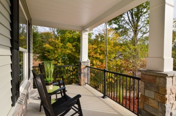 406 Front_Porch_View
