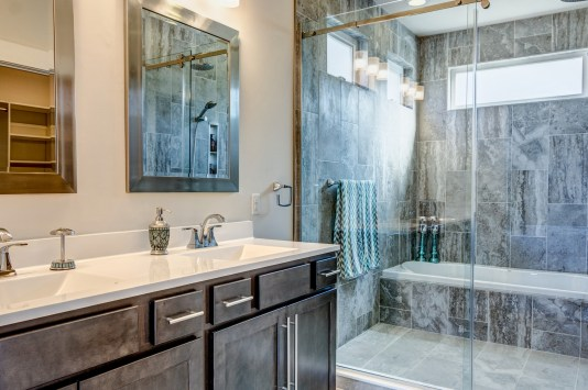 Home 401 Master Bathroom_1