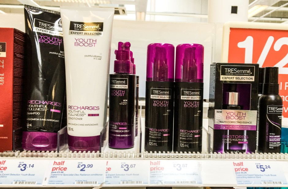Tresemme Youth Boost review Buildmumahouse Jola Piesakowska beauty blogger caring for carers