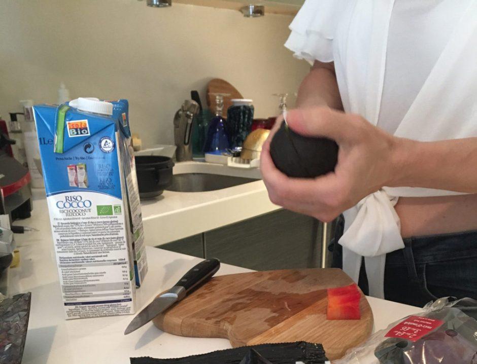 Buildmumahouse Vivienne Talsmat Rejuva detox preparation smoothie