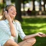 不安を解消するために音楽が効果的な理由とおすすめの聴き方