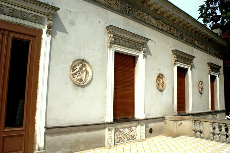 Muzeum Kinematografii - elewacja frontowa