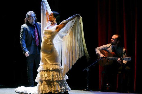 baile-de-palabra-jueves-flamencos-fundacion-cajasol-sevilla-jaime-martinez-12-1080x675
