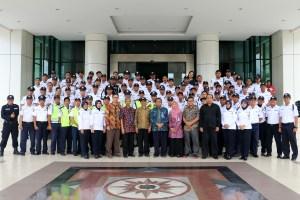 Foto bersama para pimpinan setelah kegiatan apel rutin