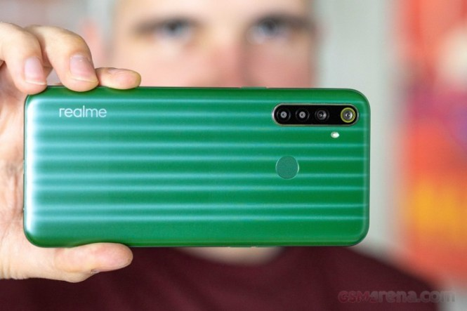 Realme 6i in for review