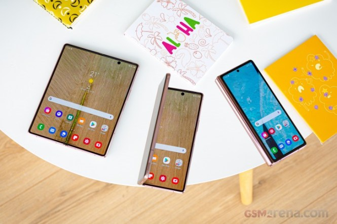 Galaxy Z Fold2 Thom Browne edition tops 230 thousand pre-orders in South Korea