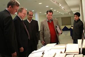 نمایشگاهی از آثار کریستن سن ـ علی دهباشی، آقای افسری و آندرس هوگارد ـ عکس از مجتبی سالک