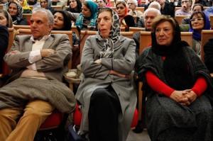 پری صابری، دکتر ژاله آموزگار و داود موسایی ـ عکس از ژاله ستار