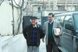 علی دهباشی به همراه دکتر محمدرضا شفیعی کدکنی ـ عکس از مجتبی سالک