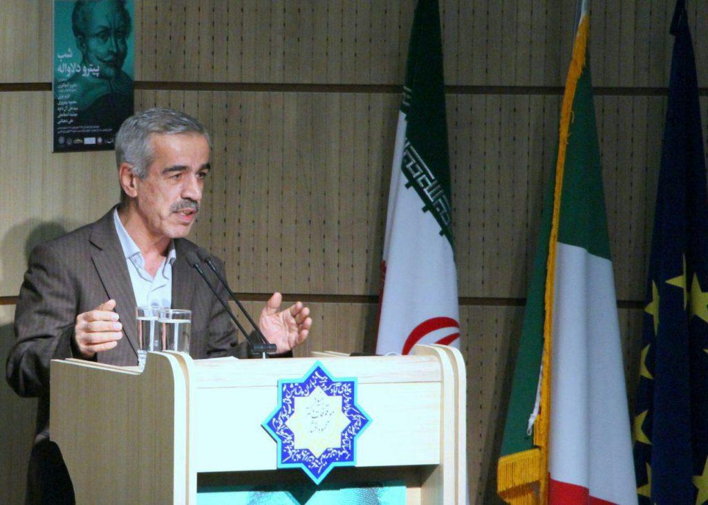 دکتر محمد جعفری قنواتی دربارۀ فولکلور ایران در سفرنامۀدلاواله توضیح داد