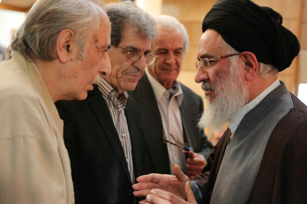 دکت محقق داماد در کنار بهاءالدین خرمشاهی و بهرام گرامی