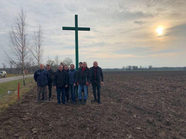alieji kryžiai akcijos nariai ūkininkai
