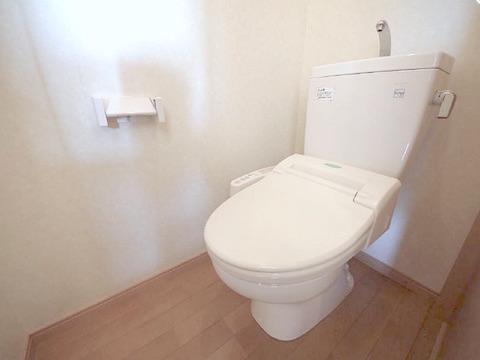 トイレ(明るい)