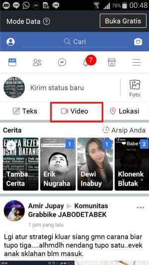 Gambar 2. Tampilan Facebook Lite di Hp Kitkat. Fitur siaran langsung tidak tersedia.