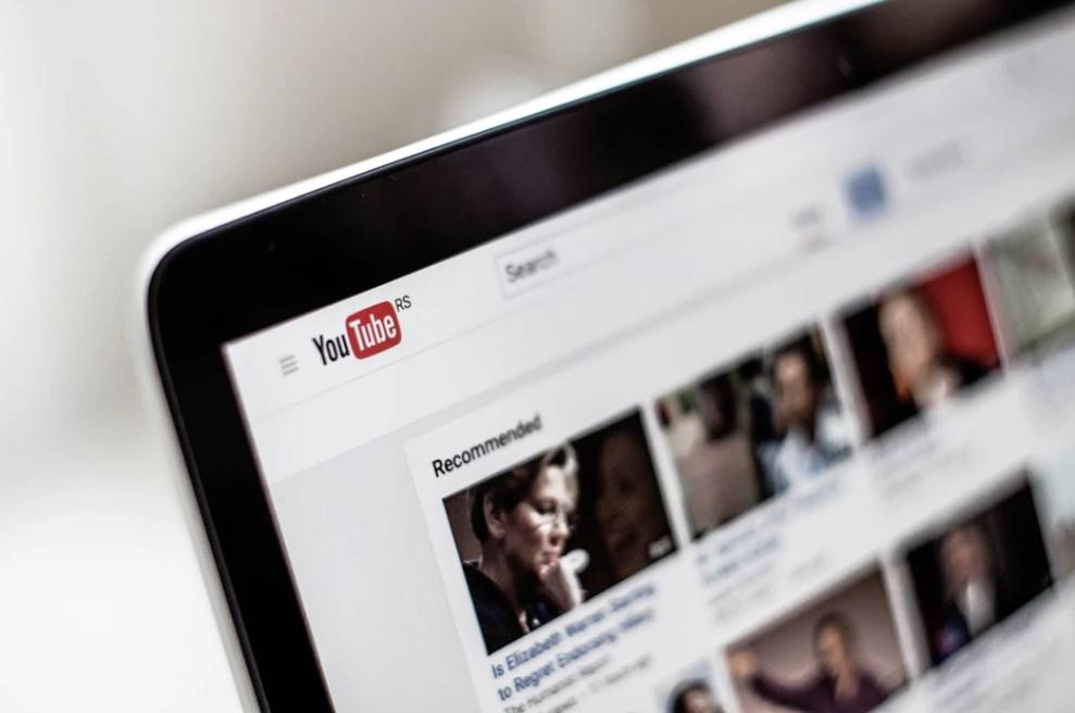 Cara mempercepat (atau memperlambat) video di Youtube