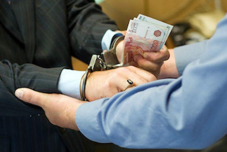 Бандиты вымогают деньги и угрожают