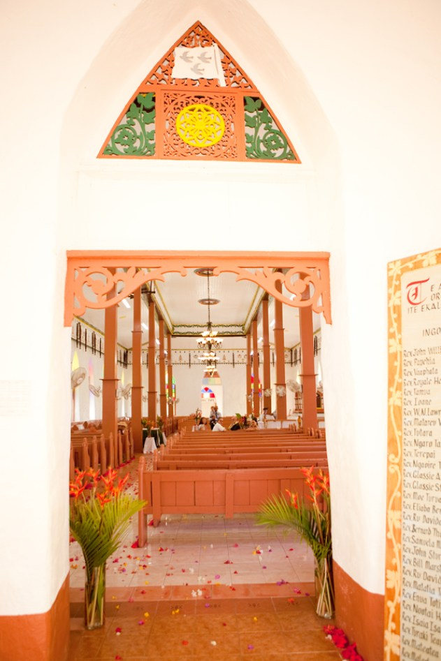 Bula Bride Fiji Wedding Blog / Cook Island Elopement by Karen Buckle Photography