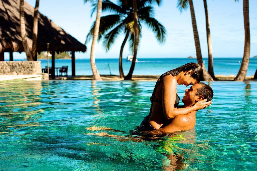Tropica Island Pool