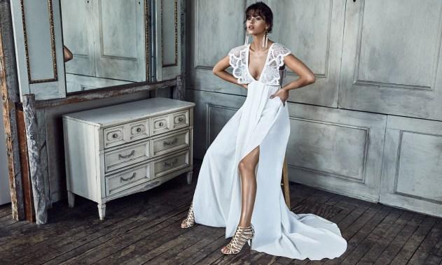 Bula Bride Fiji Wedding Blog // Grace Loves Lace B L A N C collection 2016.