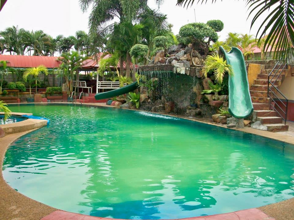 For rent in private resort cavite Private swimming pool for rent in cavite