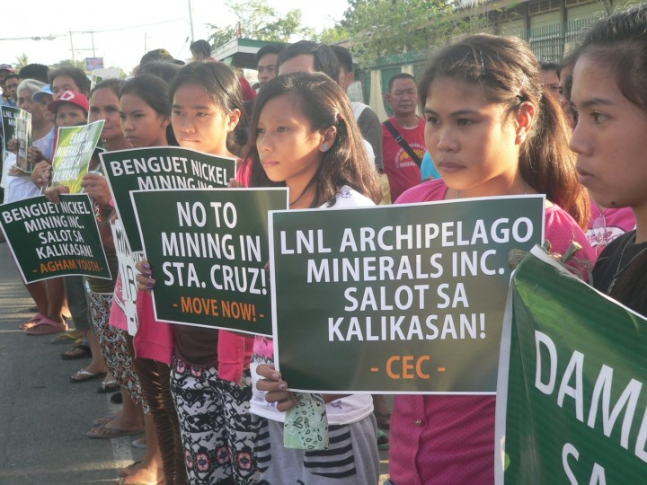 "BULATLAT FILE PHOTO: ""We are the hope of the future,"" Sta. Cruz youths say as they join their parents in the protest against large-scale mining in February 2016. (Photo by Dee Ayroso/Bulatlat)"