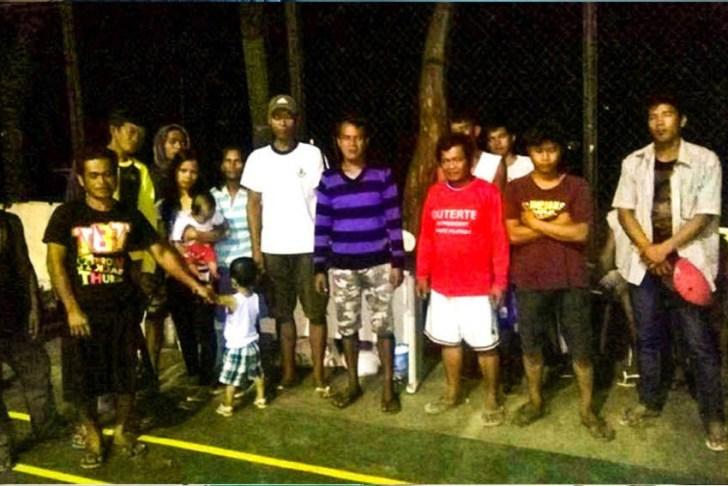 The latest batch of sakadas file complaints against those who recruited them from Mindanao to work in Hacienda Luisita. (Photo courtesy of Unyon ng Manggagawa sa Agrikultura)